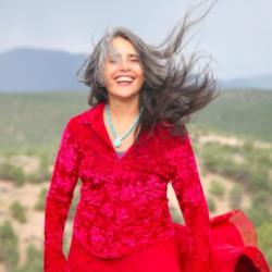 Monday Love to Visudha do los Santos, 5Rhythm's Shamanic Ambassador & Celebrating the new MoveMap!